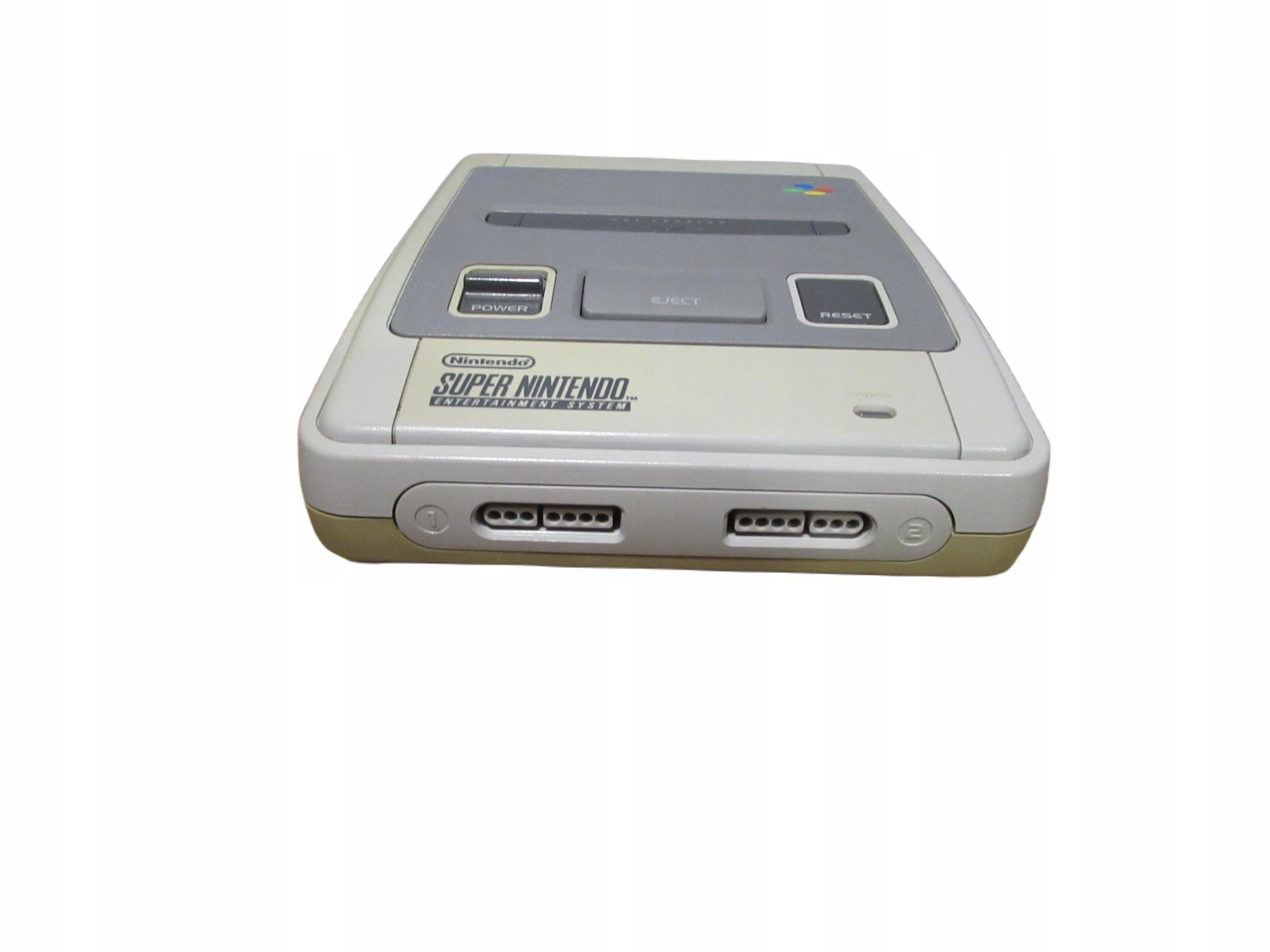 Nintendo SNES. Console. Nice. Originál