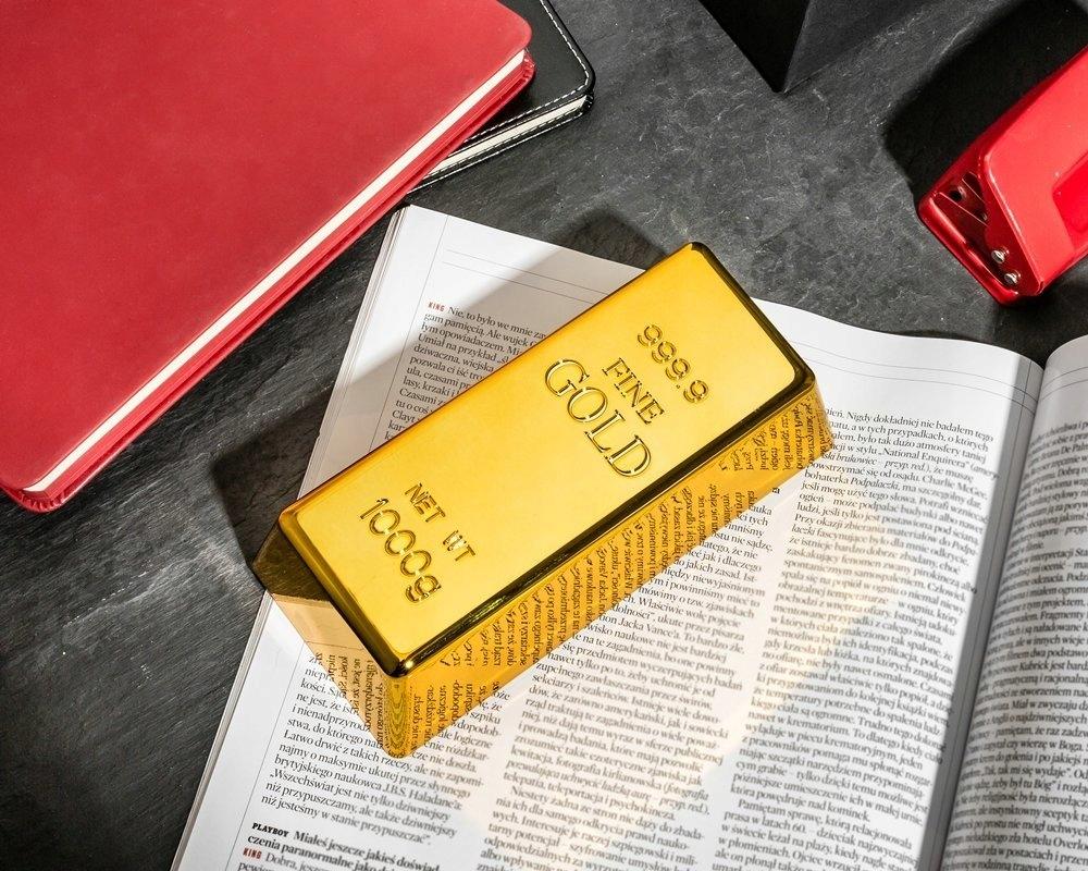 GOLD BAR DOOR STOPPER HARTIE BUTON Cod produs GOLD BAR BAR DECORARE CADOU ZIUA FEMEII