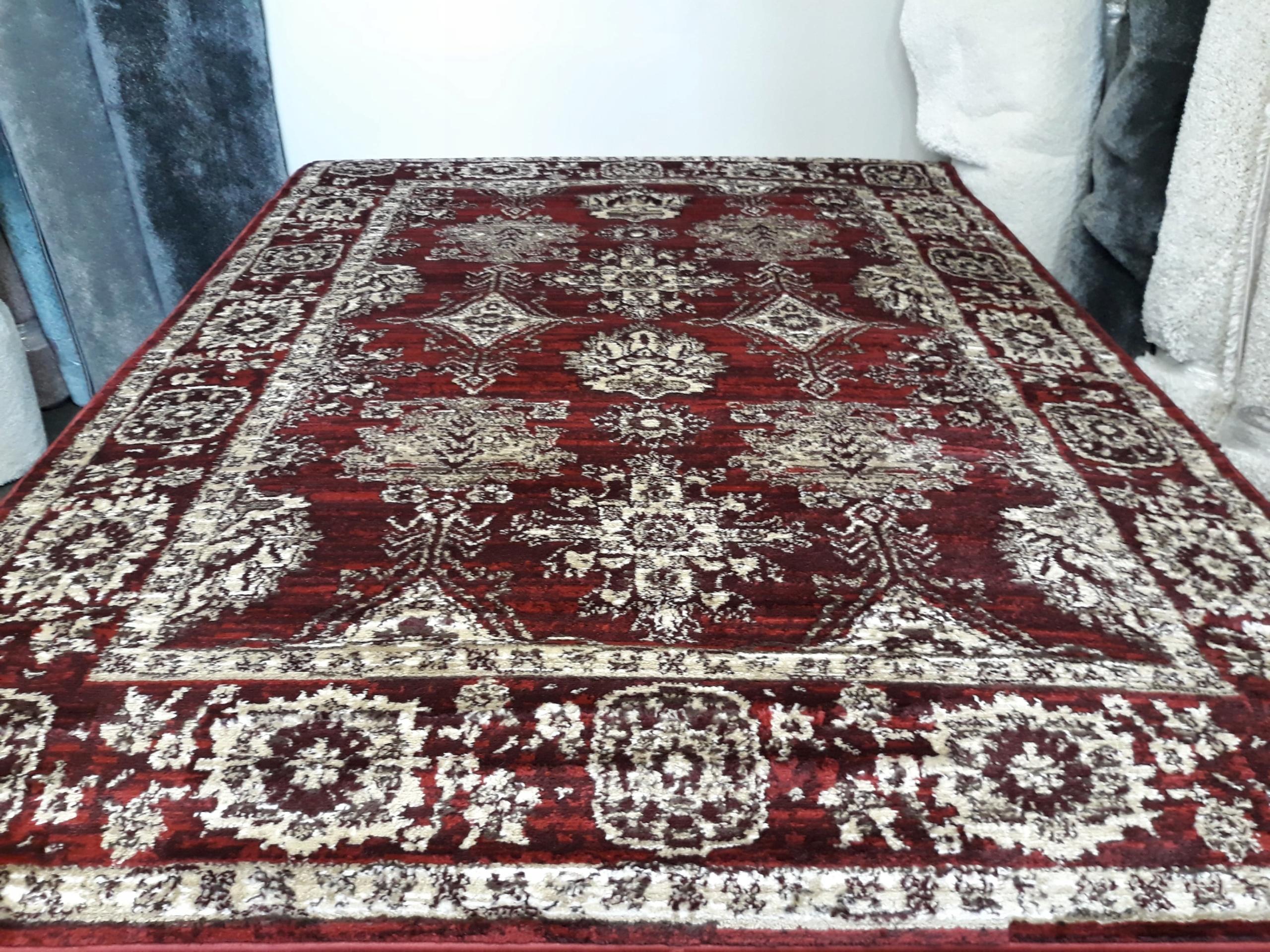Retro koberec, klasický elegantný, bordový 200x300