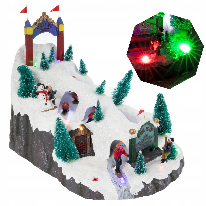 Švédska vianočná scéna s LED zjazdovkou