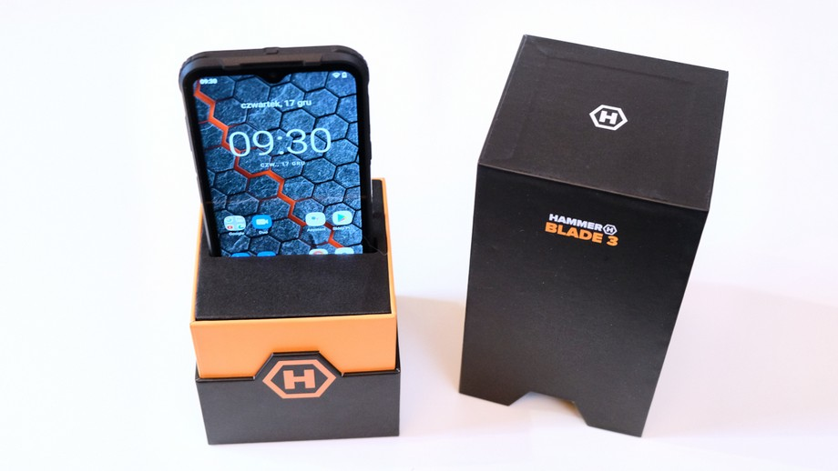 smartfon Hammer Blade 3 w pudełku