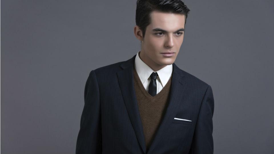 c304af8910b4e Wybieramy idealny sweter do garnituru - Allegro.pl