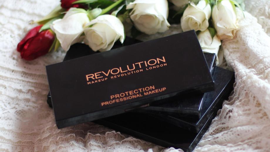 Marka Makeup Revolution – kultowe produkty do makijażu w przystępnej cenie