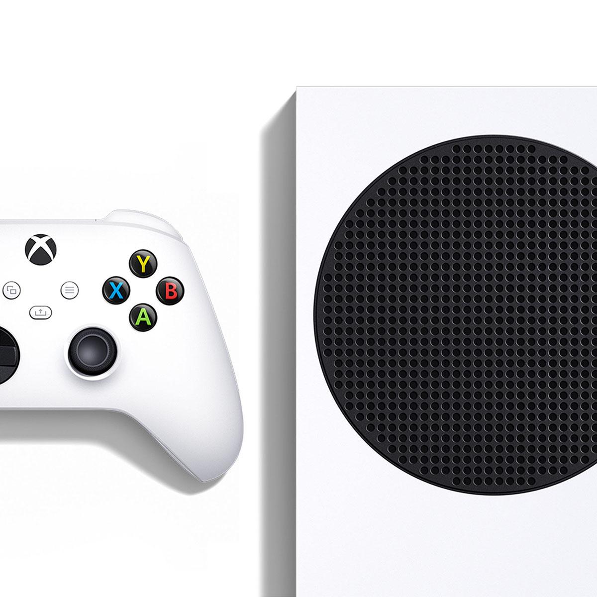 Xbox Series S z kontrolerem (padem) z bliska