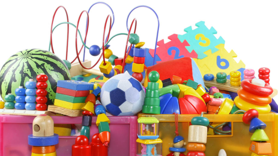 Top 10 najpopularniejszych zabawek dla malucha (do 100 zł