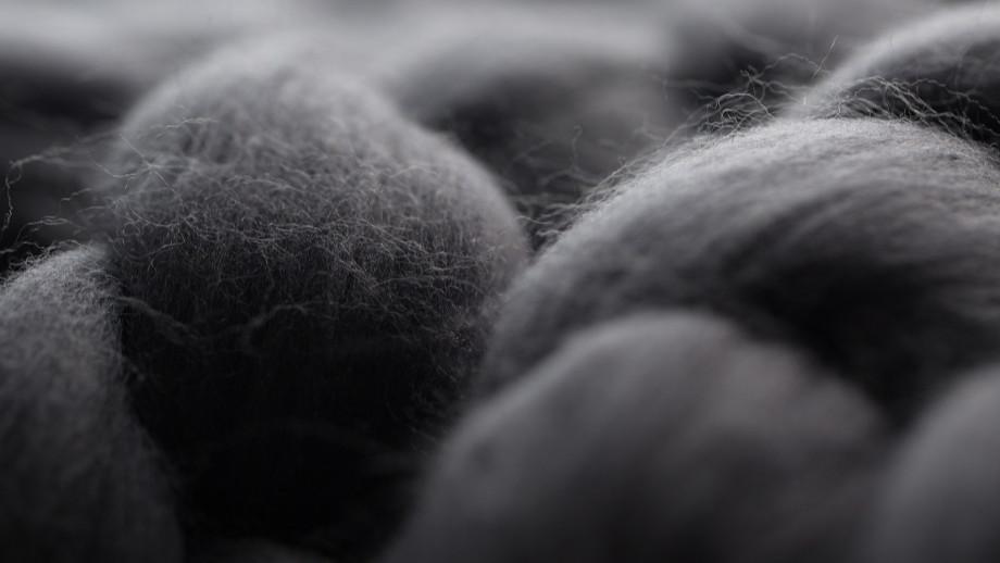 Bielizna z wełny merynosów – czy to naprawdę działa?