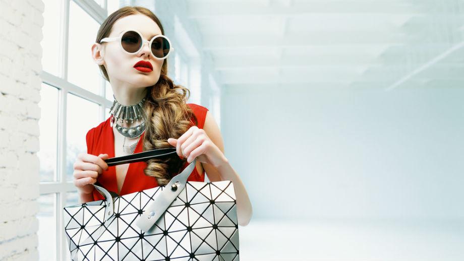 Modne torebki – bryły i wzory geometryczne