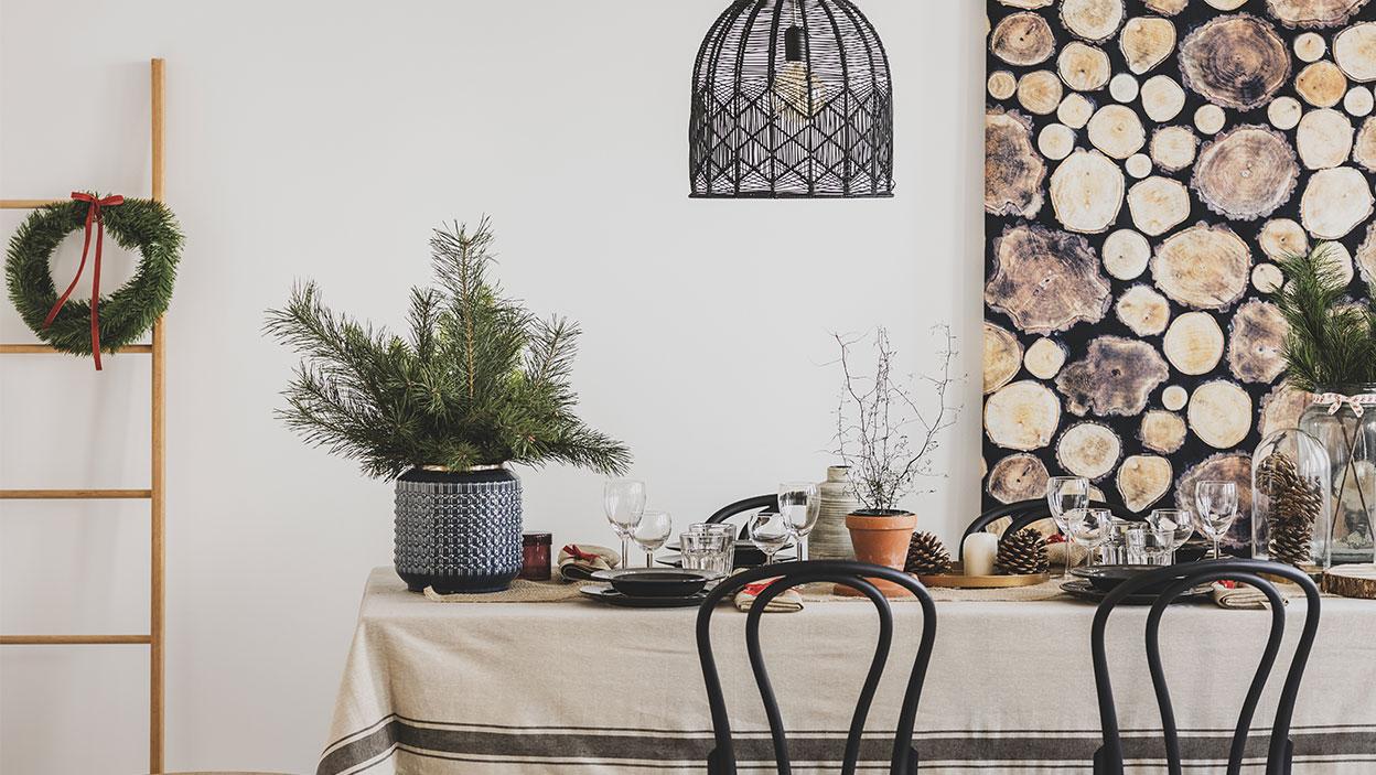 Najmódnejší vianočný stôl a domáce dekorácie