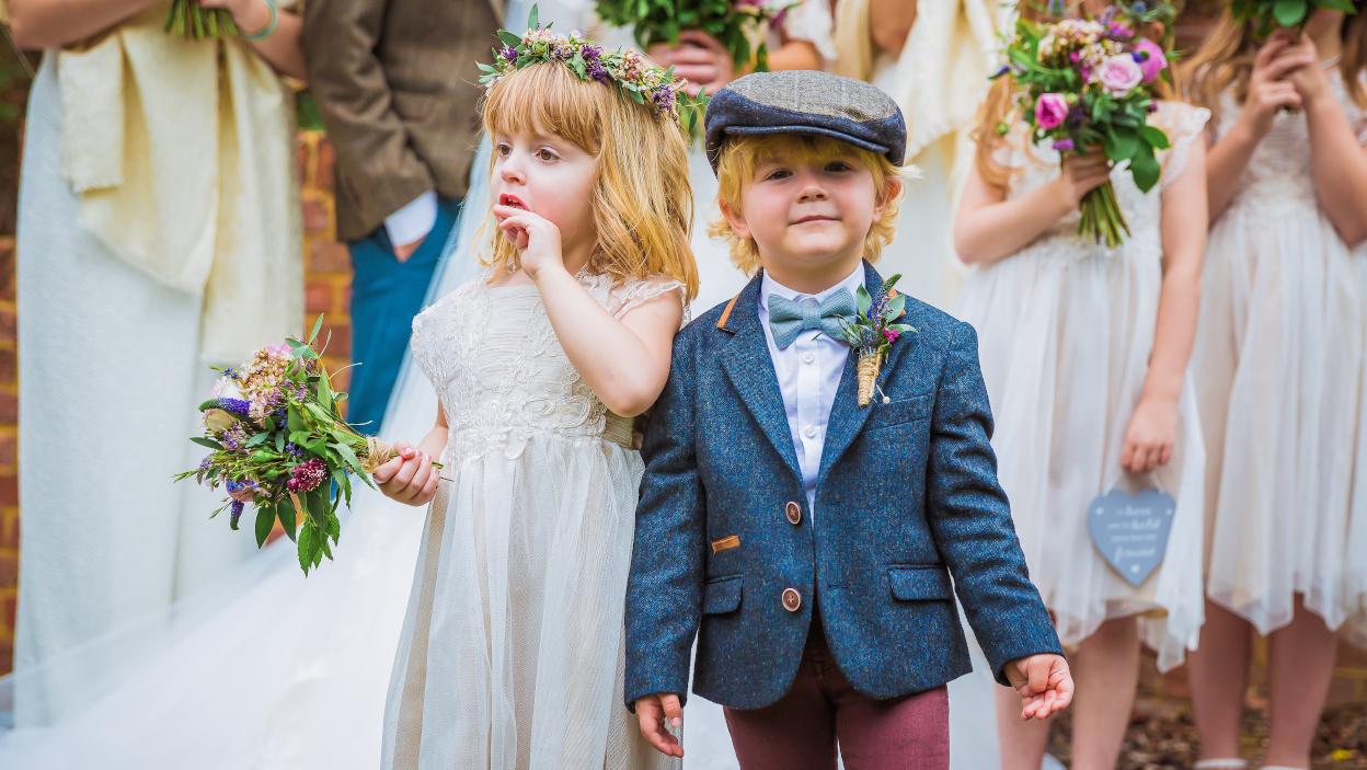 Dziecko na weselu – sprawdź, czego możesz potrzebować