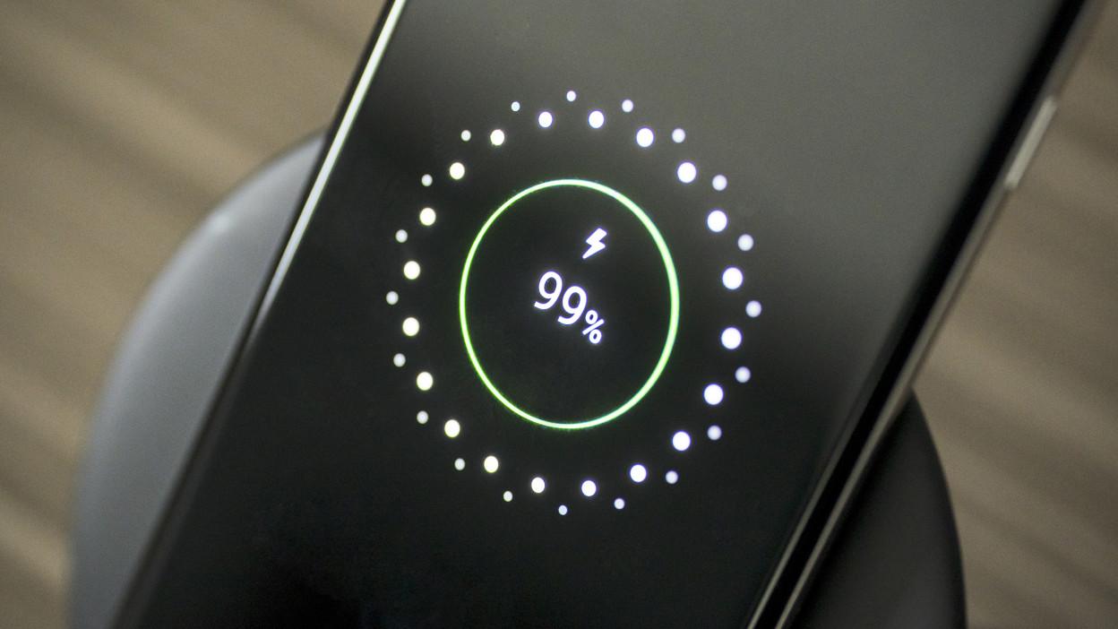 Nie tylko Quick Charge — jakie inne systemy szybkiego ładowania się liczą?
