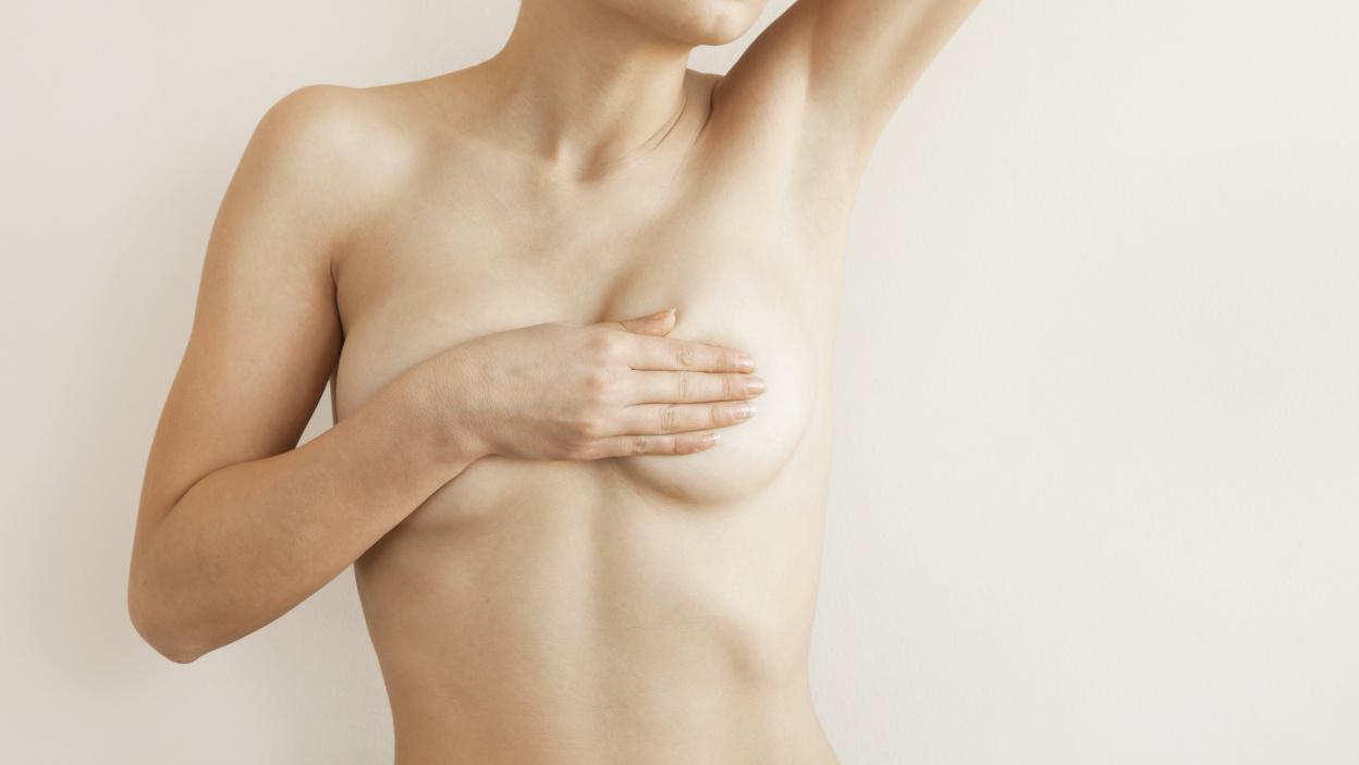 Odparzenia skóry między piersiami i pod biustem - jak sobie z nimi poradzić?