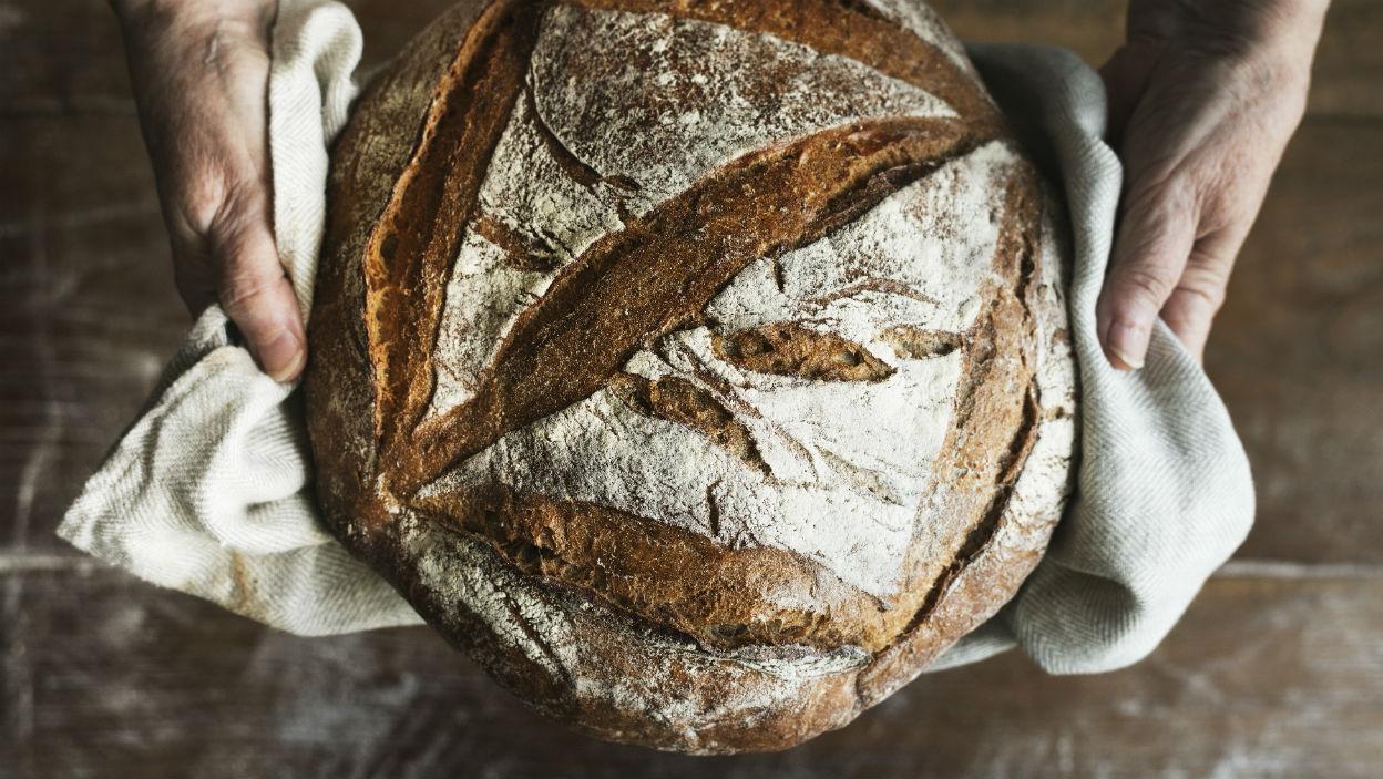 Jak upiec chleb na zakwasie?