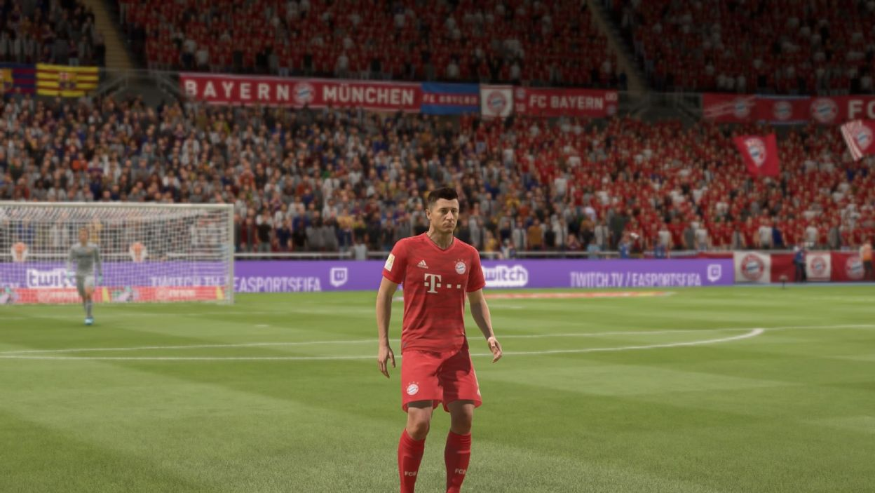 Lewandowski zaraz za Messim w grze FIFA 22. EA Sports wykupiło częściową licencję Serie A