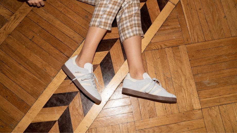 Sneakersy - buty pasujące do wszystkiego. Poleca @kat.astro