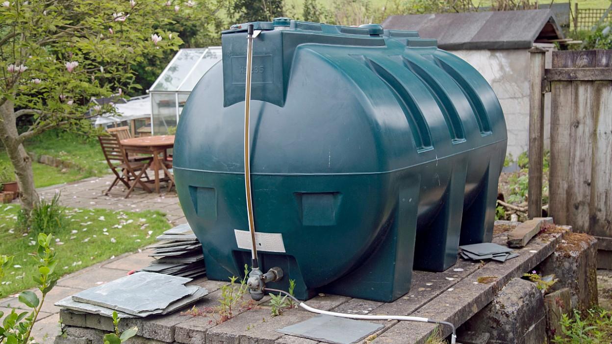 Zbiorniki dwupłaszczowe na paliwo – magazynowanie ON przez rolników