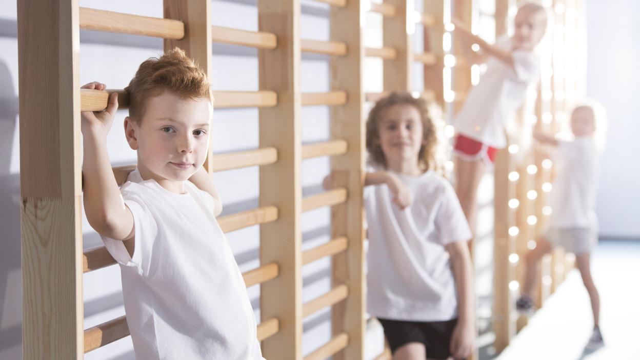 Gymnastický rebrík - 8 zdravotných výhod pre deti