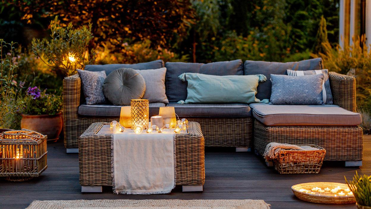 Jesienny taras – 5 akcesoriów na chłodne wieczory