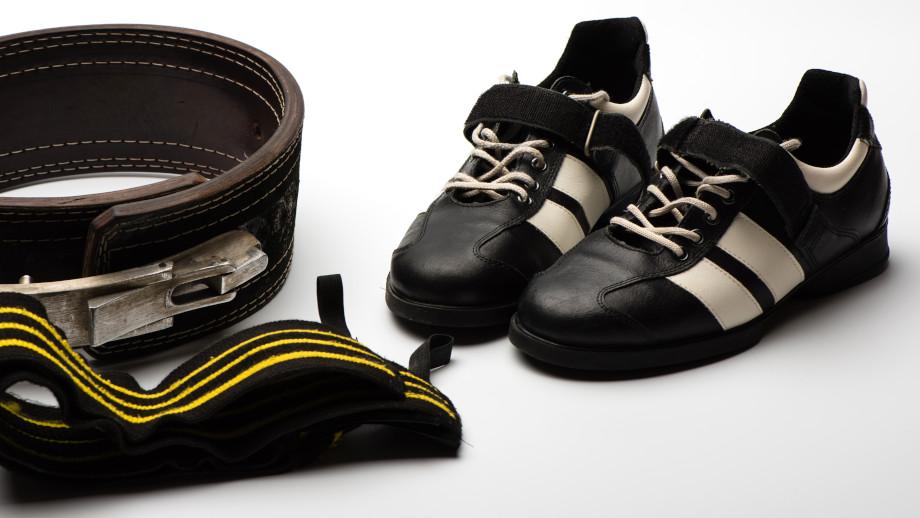 jakie buty na motocykl i do chodzenia adidas