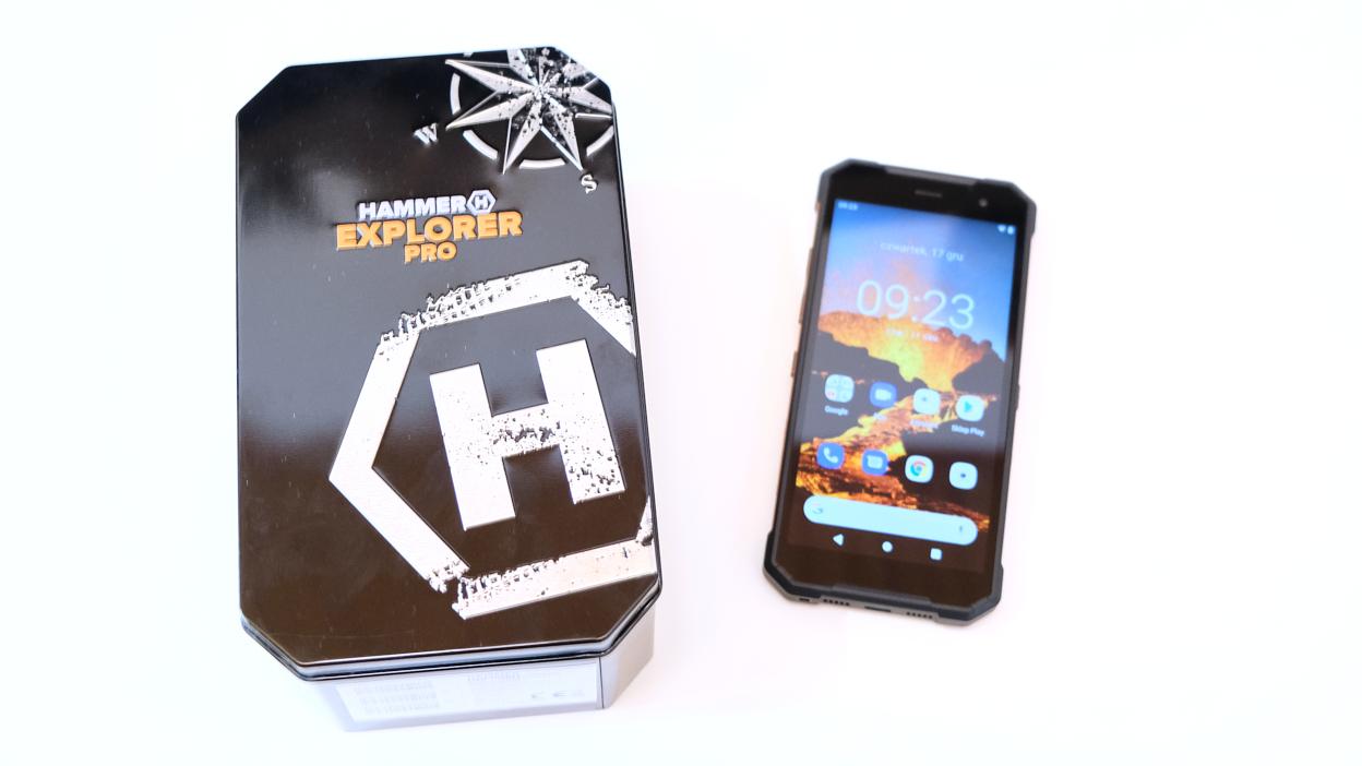 Test Hammer Explorer Pro. Jak spisuje się smartfon do zadań specjalnych?