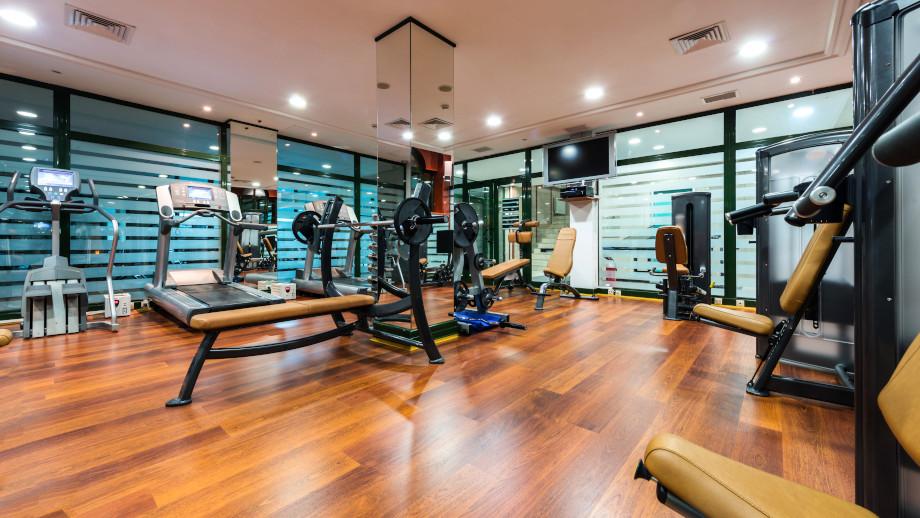 Jak najlepiej wykorzystać hotelową siłownię?