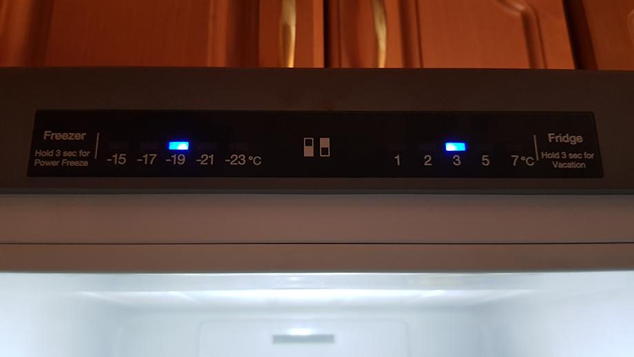 Chłodziarko-zamrażarka - wskaźnik temperatur