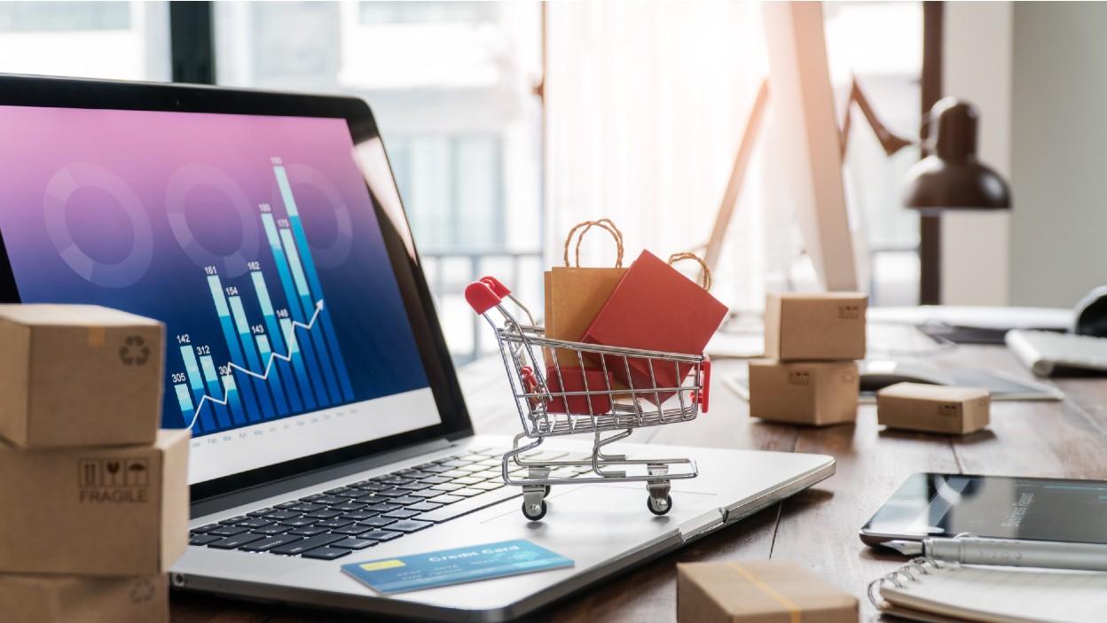 Jak przygotować się do sprzedaży w internecie? Biznesplan, obliczenie kosztów sprzedaży, zyski