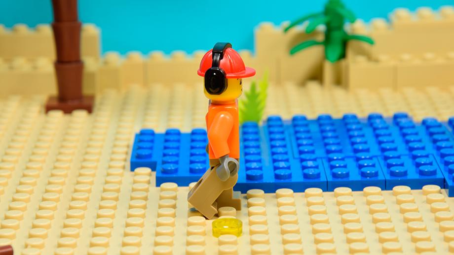 Postava Lego-leg na zadnej strane