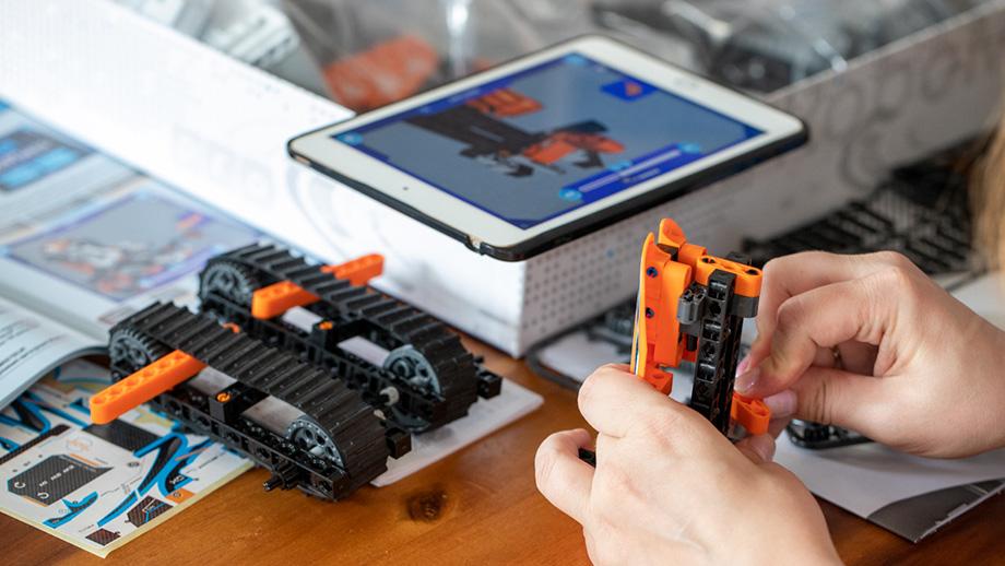 budowanie robota z klockow