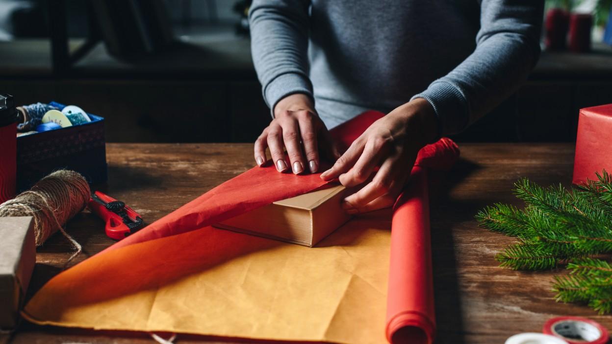 Nowości książkowe – idealny prezent na święta Bożego Narodzenia 2020