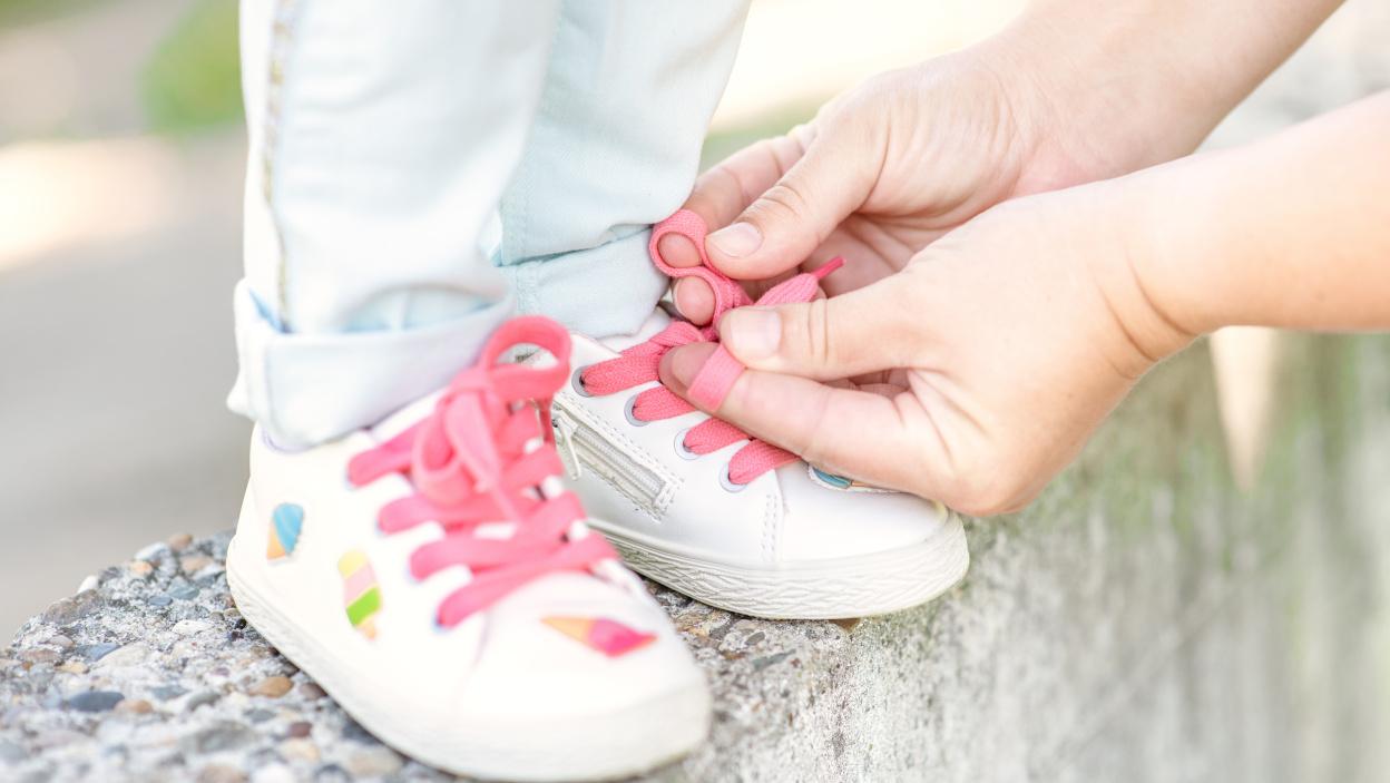 Praktyczne Buty Na Wiosne Dla Dziewczynki Do 100 Zl Allegro Pl