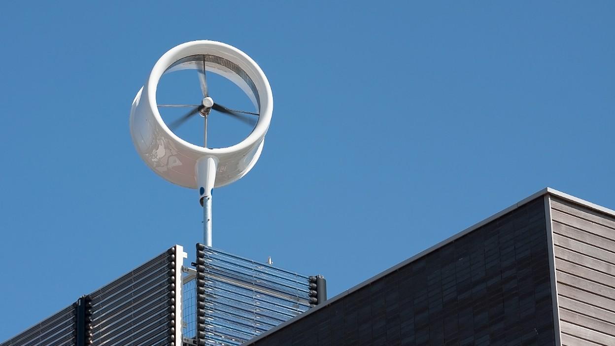 Na co zwrócić uwagę przy wyborze turbiny wiatrowej?