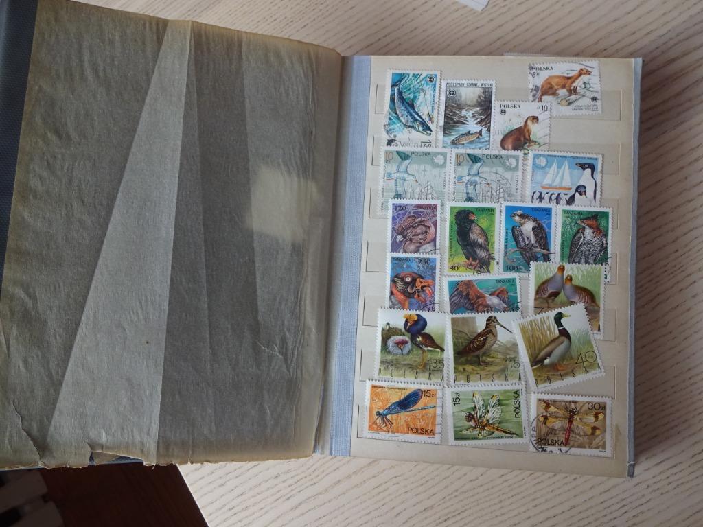 klaser ze znaczkami PRL + lata 90 różne