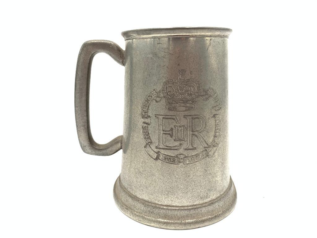 Stary angielski cynowy kufel do piwa