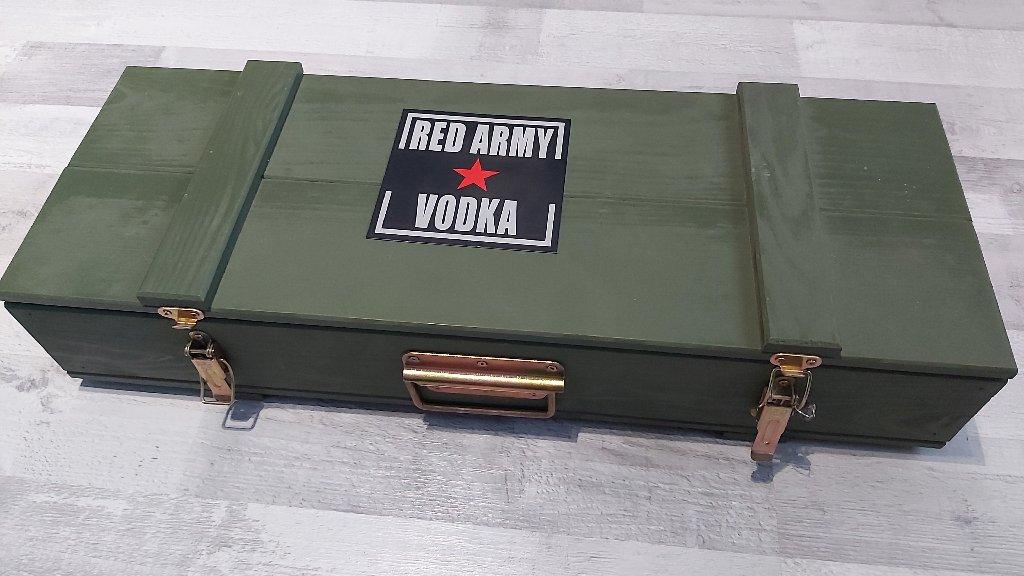 Red Army Vodka Prezent Nowe 18 Stka Kawalerskie Kup Teraz Za 250 00 Zl Katowice Allegro Lokalnie