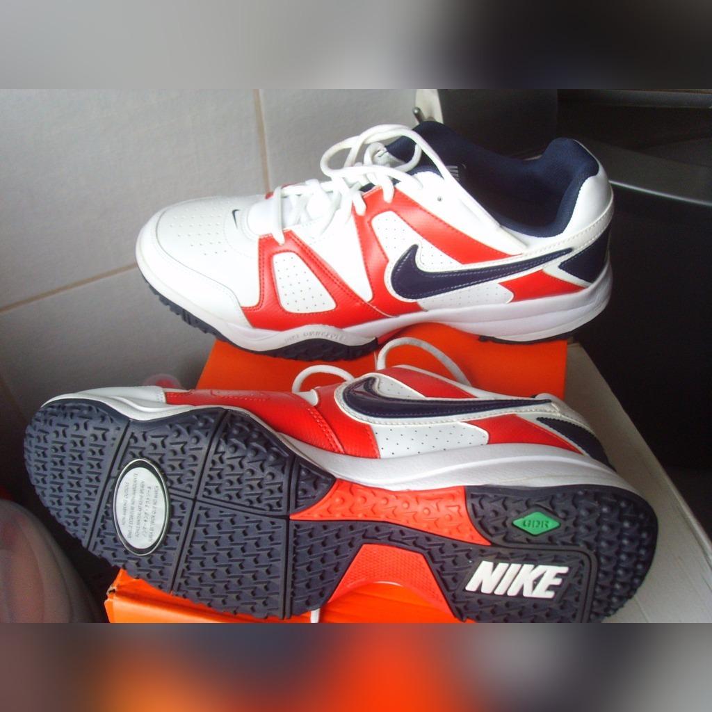 Купить НОВЫЕ ОБУВЬ Nike на Eurozakup - цены и фото - доставка из Польши и стран Европы в Украину.