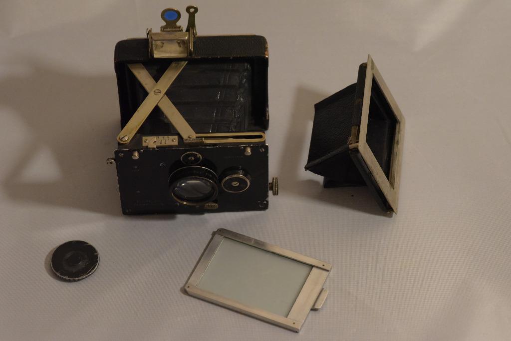 Уникальный фотоаппарат Plaubel