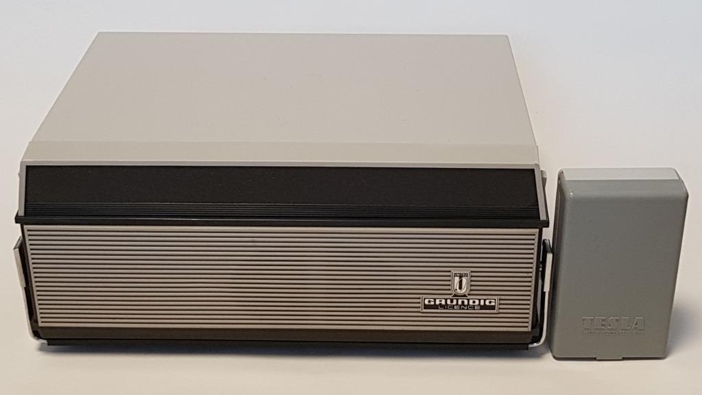 Magnetofon ZK 120 Lampowy z lat 60-tych XX wieku