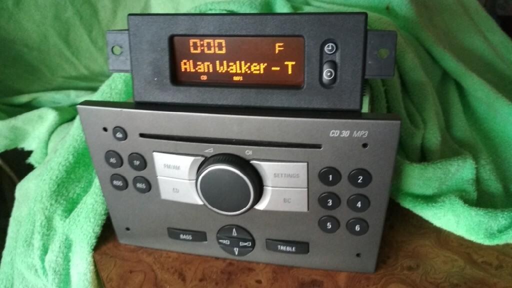радио cd 30 mp3 + дисплей vivaro corsa meriva
