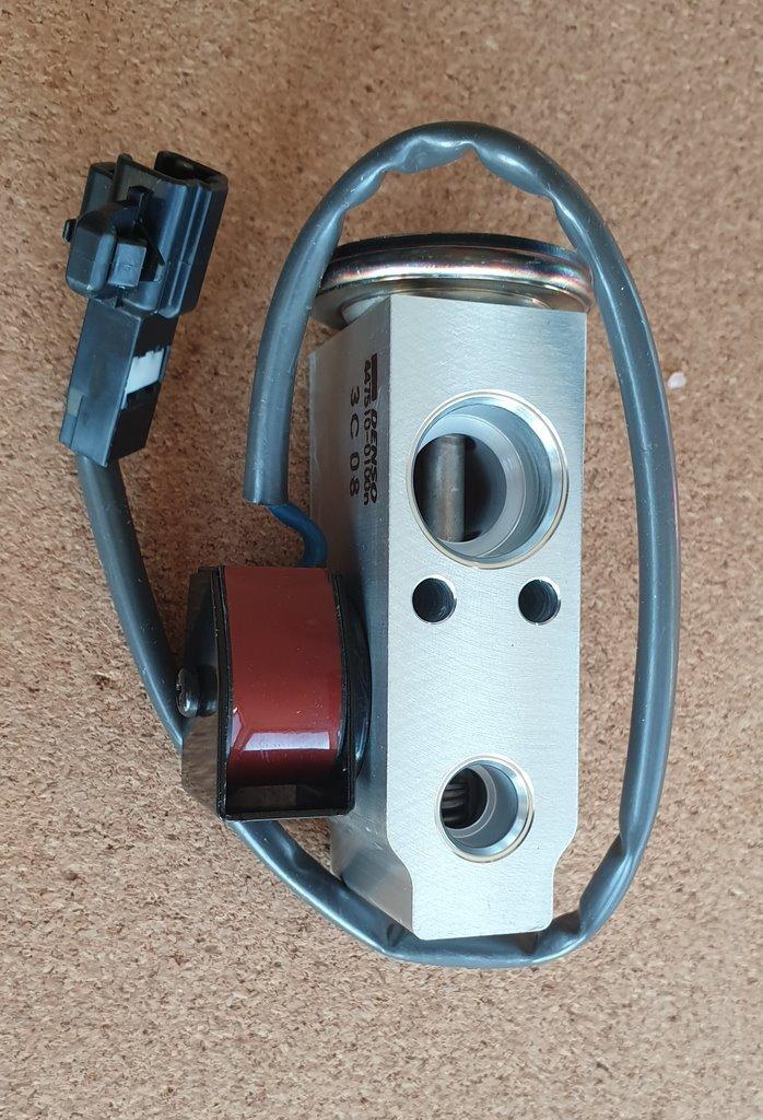 клапан расширительный кондиционирования воздуха toyota 88515-60130