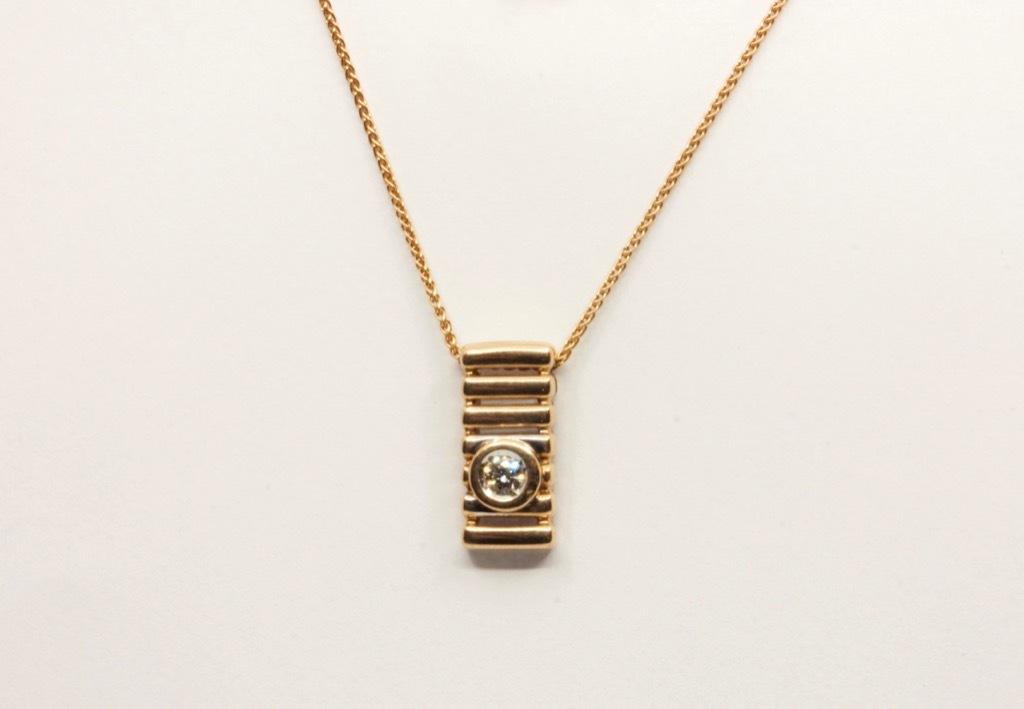 Wisiorek złoty z diamentem OKAZJA  -20%