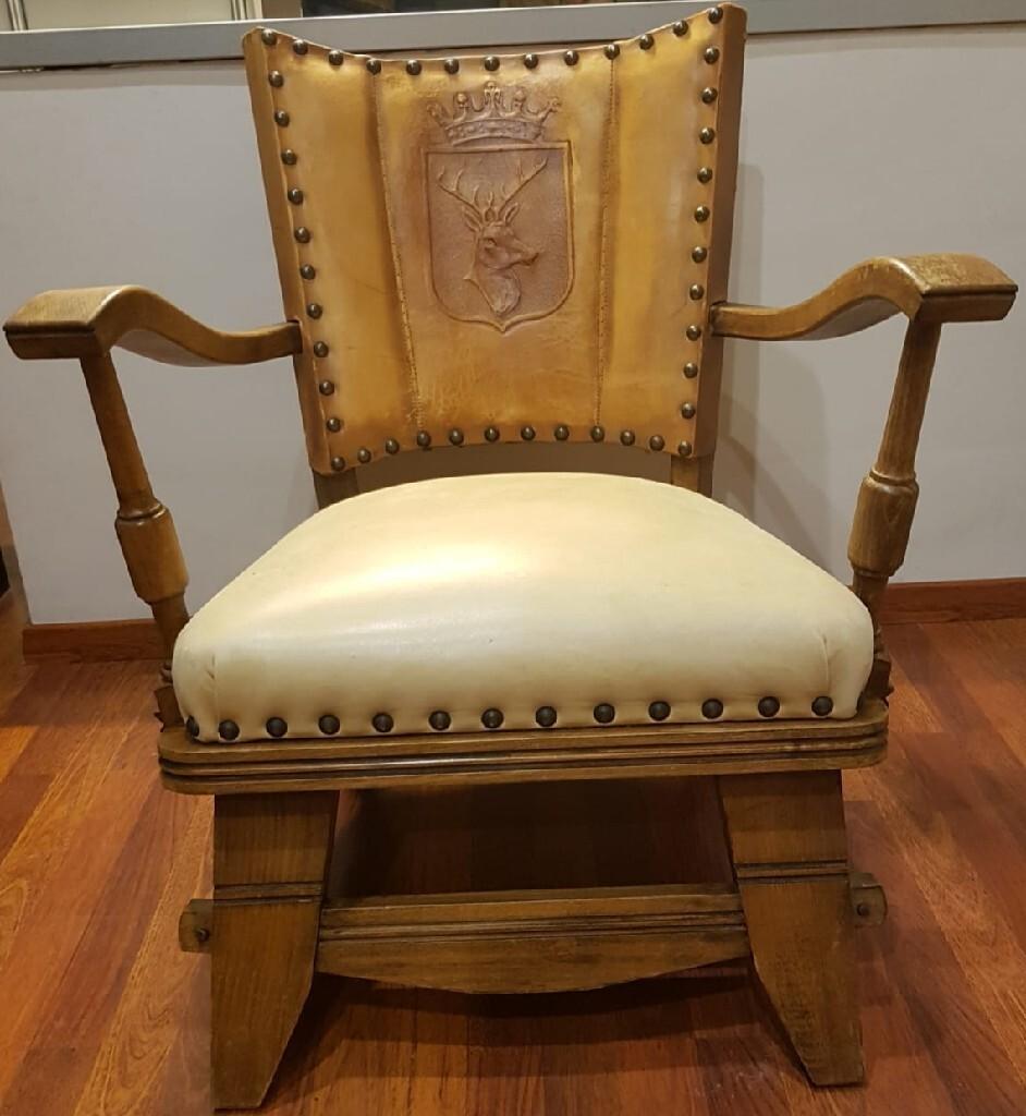 Старый антикварный охотничий стул - Бег. Двадцатое столетие