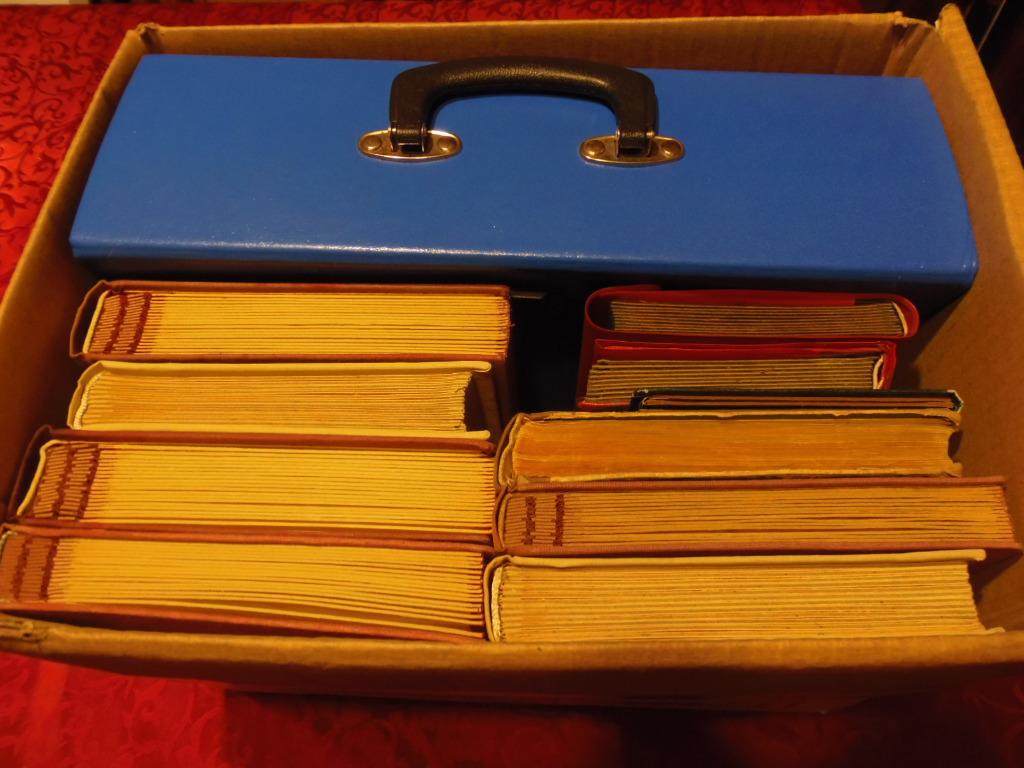 9 Klaserów plus katalog