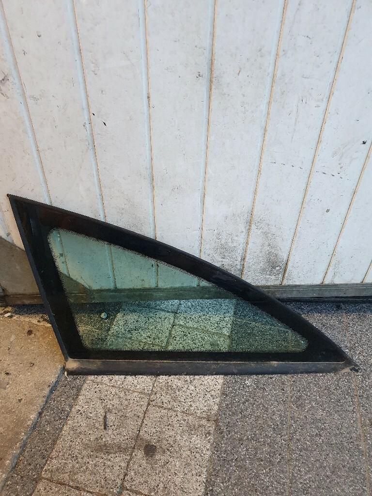 стекло слева karoseryjną renault laguna ii универсал