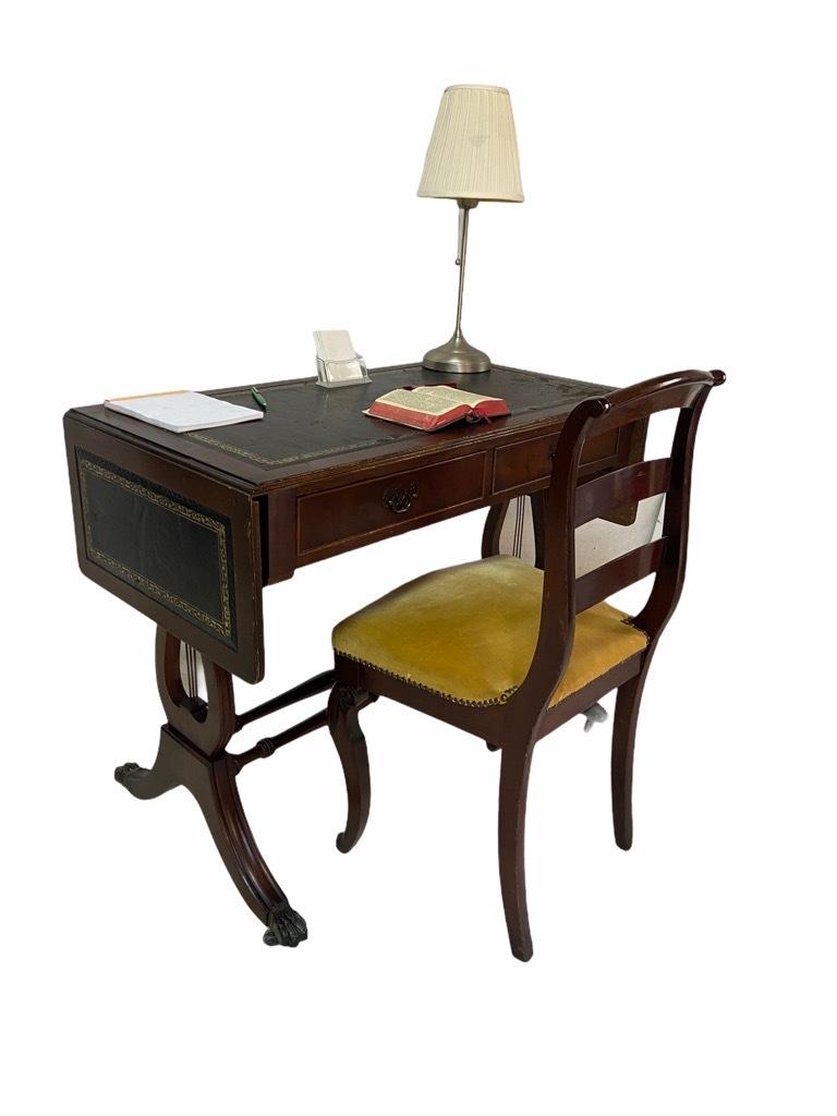 Antyczne biurko BIEDERMEIER LIRA Francja XIX w.