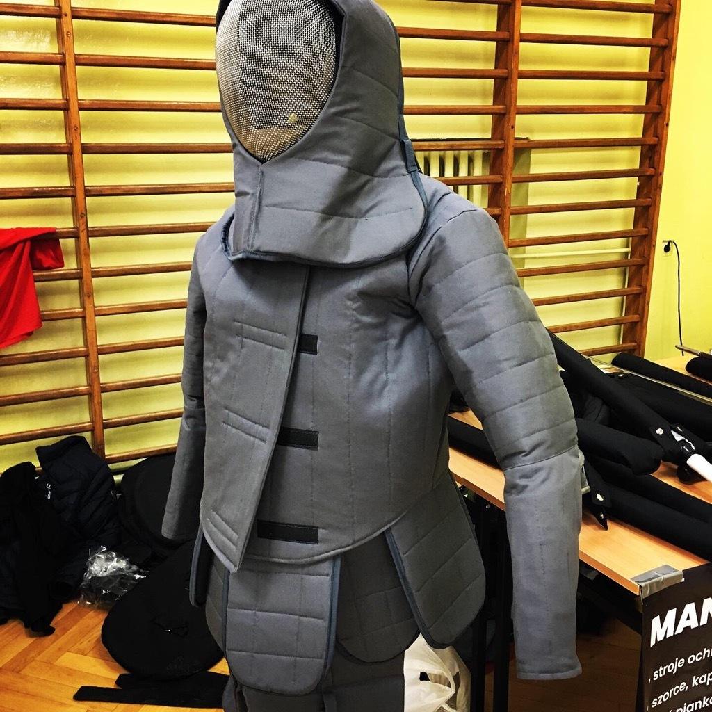 Купить Abiturient защитный пуховик pasrozm Горнолыжные 36В DESW на Eurozakup - цены и фото - доставка из Польши и стран Европы в Украину.