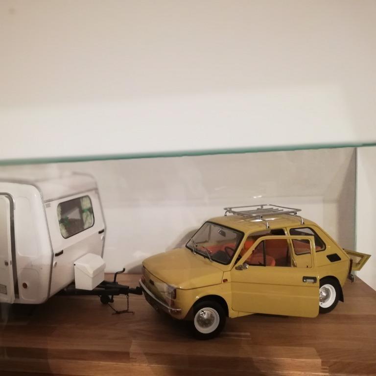 Fiat 126p Maluch z przyczepą Niewiadów