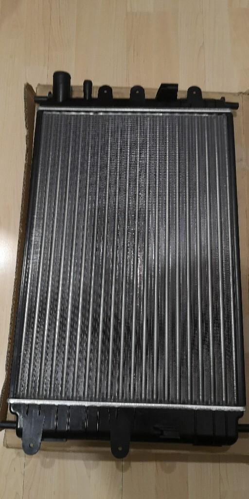 радіатор FORD ESCORT 62217A