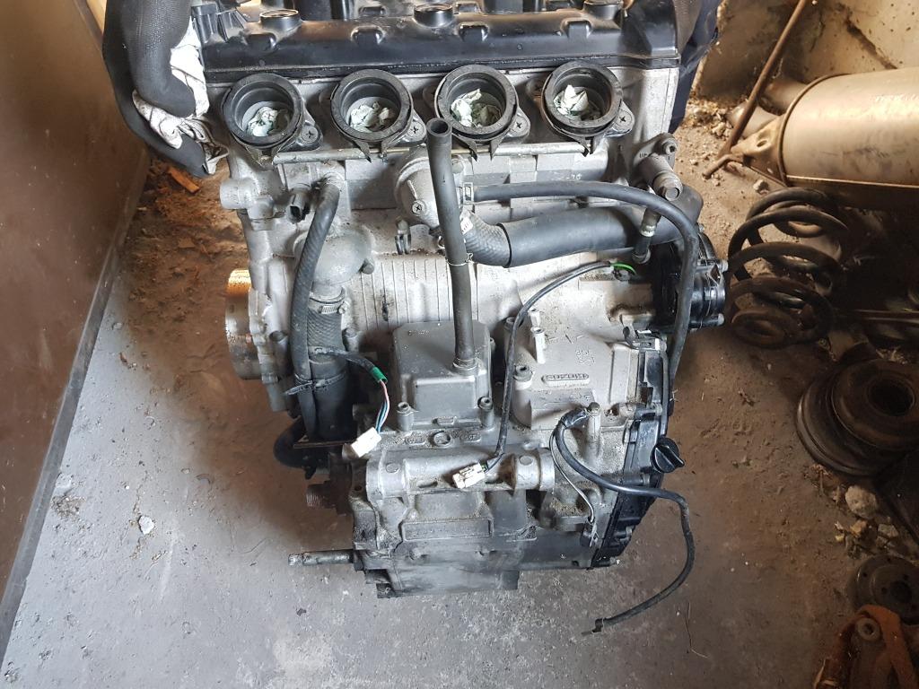 Двигатель suzuki gsxr k3 750 запчасти gsxr 750, фото 0