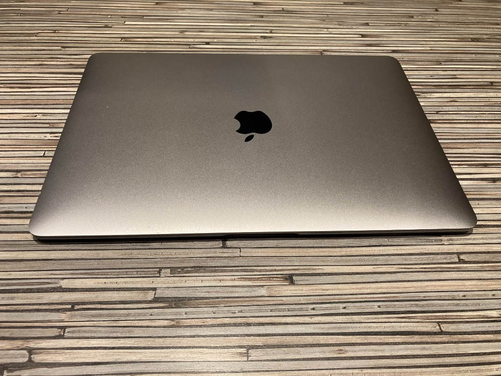 Купить Macbook Air i5 1.6 13