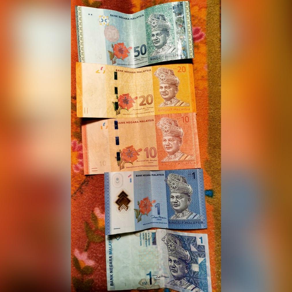 Zestaw 5 banknotow - Malezja (1, 1, 10, 20, 50 RM)